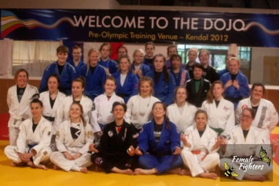 sill group pic female fighters camp